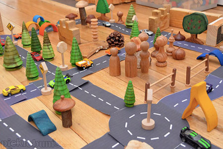 costruire strade con la carta