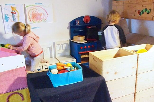 Giochi bambini casa cosa fare quando fuori piove giochi for Piani casa per il fine settimana